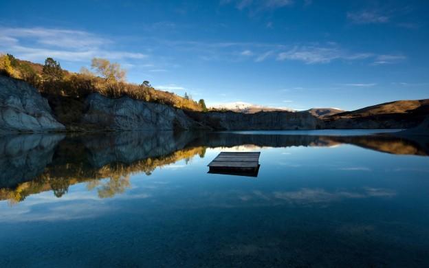 lake_reflections-wide